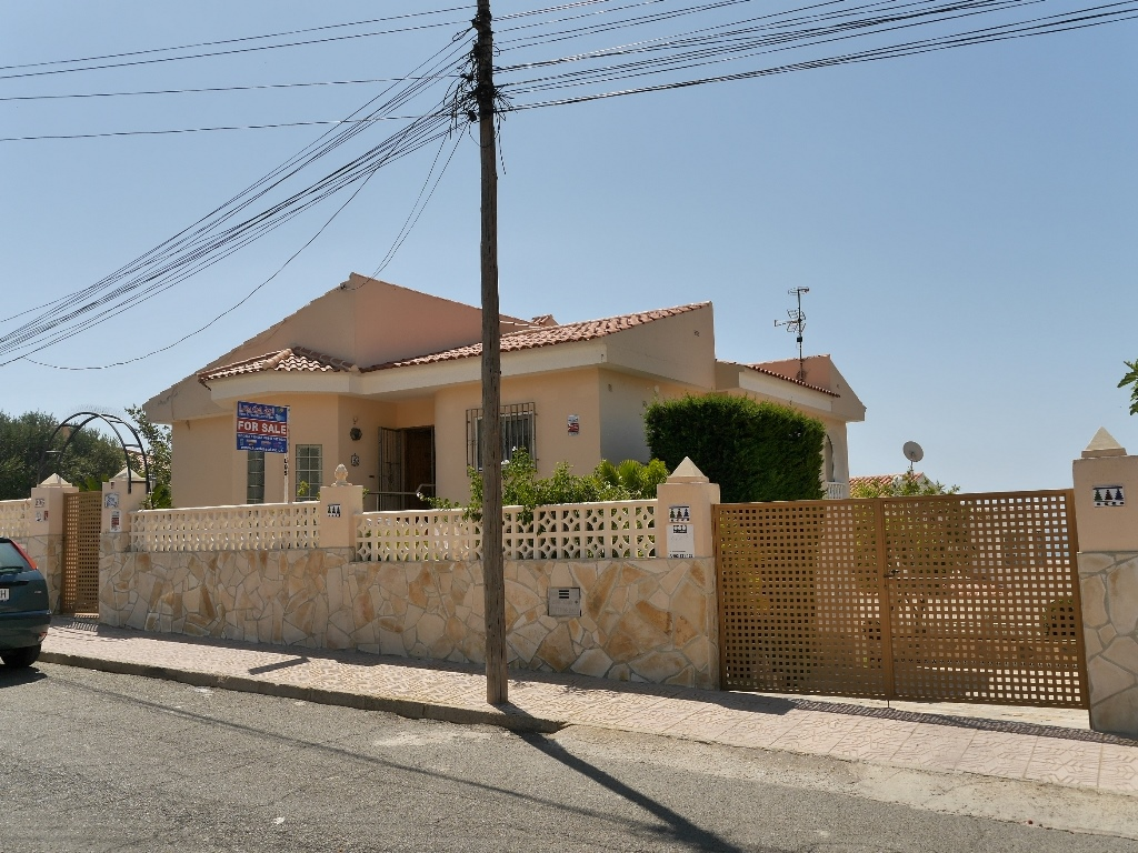 Sp 36 Exclusive large property with fantastic sea view in Bolnuevo ...